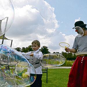 Riesenseifenblasen mit Clown Balzer